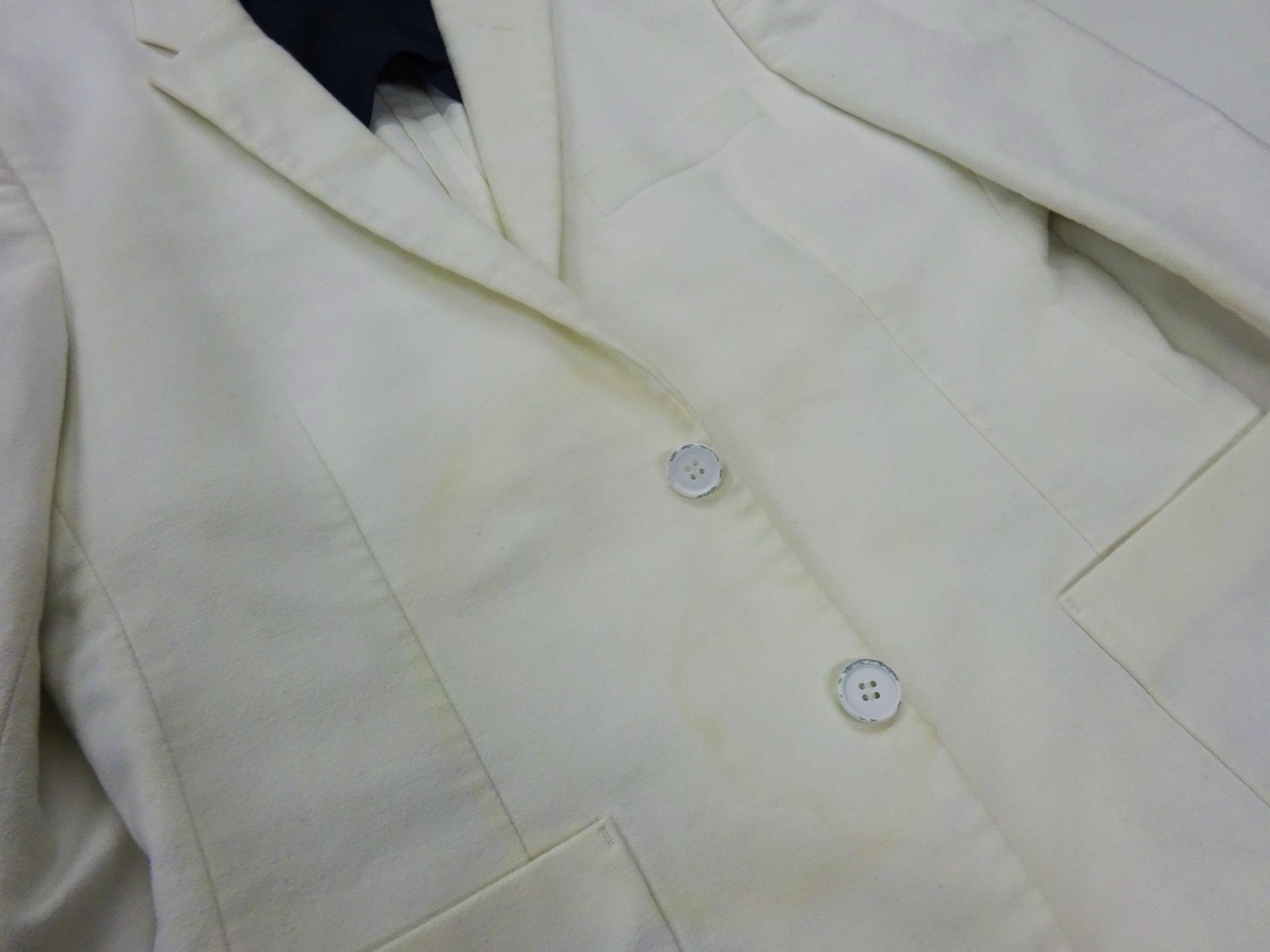 ウールジャケット黄ばみしみ処理1